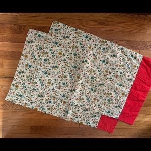Two standard vintage pillow cases